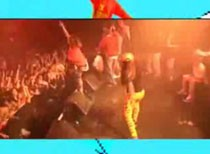 "New M.I.A. Video – ""Paper Planes"" (Live In Philly)"