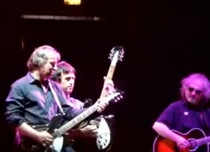 """R.E.M. """"Fall On Me"""" In Chicago With Johnny Marr"""