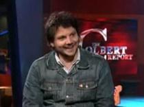 "Jeff Tweedy Talks With Stephen Colbert, Premieres ""Wilco The Song"""