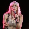 Courtney Love Revives Hole