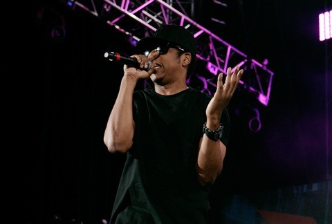 New jay z doa death of auto tune stereogum proving again that he is a man after stereogum commenters hearts the first track from jay zs forthcoming the blueprint 3 is doa death of auto tune malvernweather Gallery