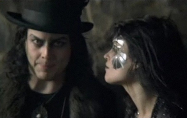 "The Dead Weather - ""Die By The Drop"" Video"