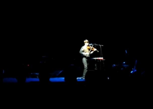 "Owen Pallett – ""Odessa"" (Caribou Cover Live At Primavera Sound 2010)"