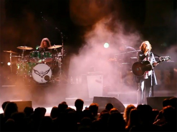 "My Morning Jacket - ""Circuital"" Live Video"
