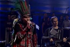 "Jonsi ""Sticks And Stones"" On Fallon"