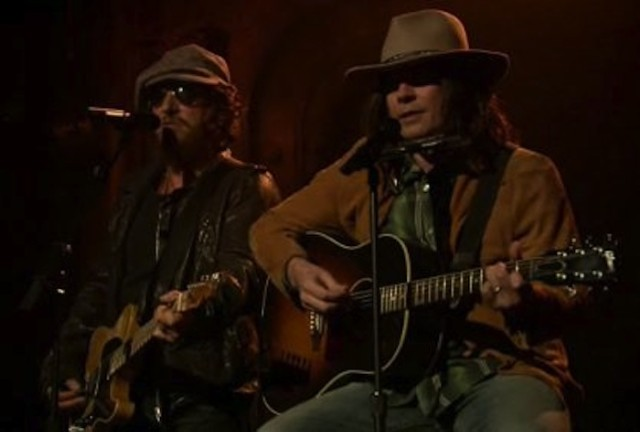 "Jimmy Fallon As Neil Young & Bruce Springsteen ""Whip My Hair"" On Fallon"