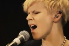"""Robyn Covers """"When Doves Cry"""""""