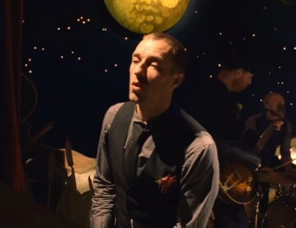 "Coldplay - ""Christmas Lights"" Video"