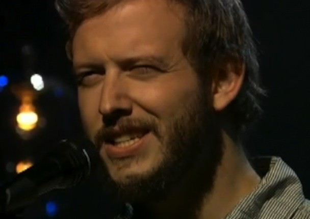 "Bon Iver Debuts ""I Can't Make You Love Me"" Cover On Fallon"