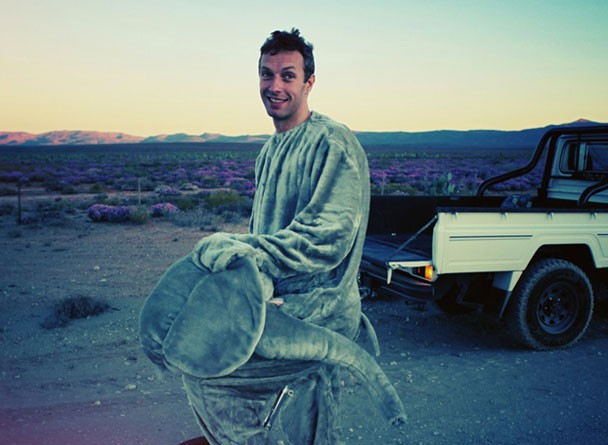 "Coldplay - ""Paradise"" Video"