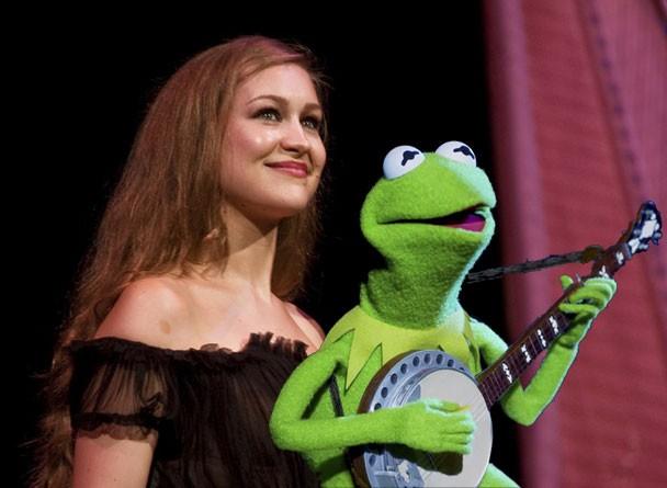 Joanna Newsom & Kermit The Frog