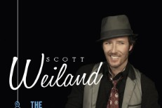 Scott Weiland Takes Christmas LP On The Road