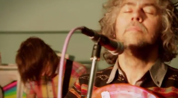 Watch Flamings Lips Cover