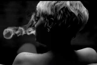 "Rihanna – ""You Da One"" Video"