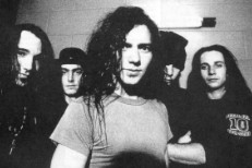 "Pearl Jam – ""Chinese"" (Previously Unreleased Demo)"