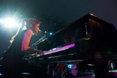 """Fiona Apple – """"Valentine"""" (Live @ SXSW)"""