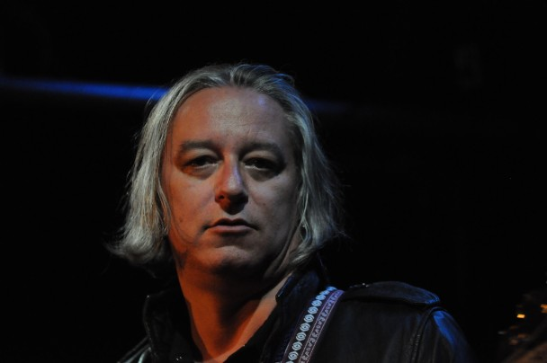 Peter Buck Goes Solo Stereogum