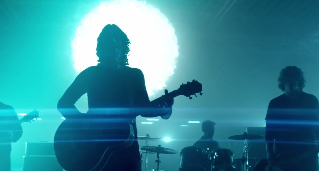 "Soundgarden - ""Live To Rise"" Video"