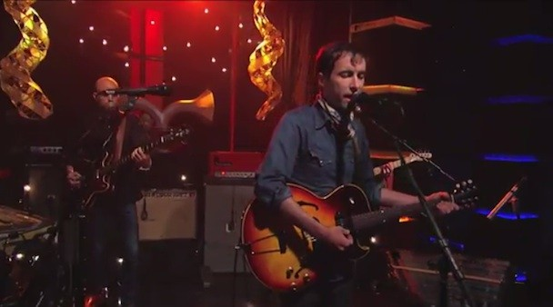Watch Andrew Bird Play 'Kimmel'