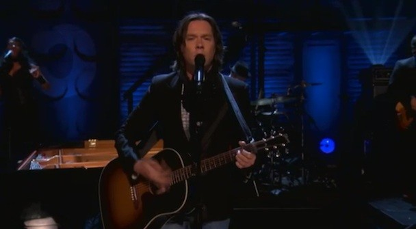 Watch Rufus Wainwright Play 'Conan'