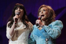 Zooey Deschanel To Star In Loretta Lynn Musical