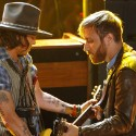 Watch Johnny Depp Join The Black Keys At The 2012 MTV Movie Awards