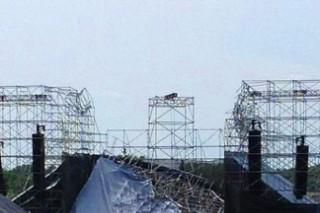 Radiohead Stage Collapse Kills Drum Tech