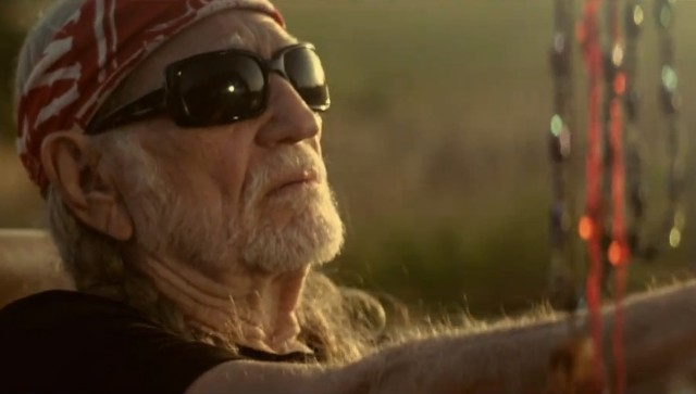 "Willie Nelson - ""Just Breathe"" Video"