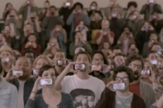 Hundreds Of HTC EVO Phones Play Wilco In New Sprint Ad