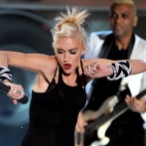 "Watch No Doubt ""Settle Down"" At Teen Choice Awards"