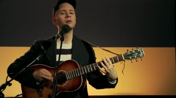 Watch Jens Lekman Perform