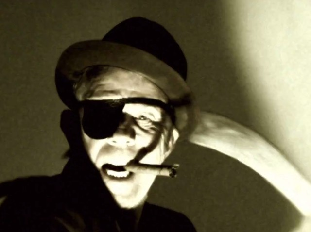 "Tom Waits - ""Hell Broke Luce"" Video"