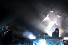 "Watch The xx Play ""Sunset"" & ""Reunion"" In Hollywood"