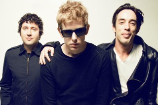 """Divine Fits – """"Would That Not Be Nice (RJD2 Remix)"""""""