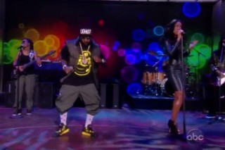 Watch Big Boi And Kelly Rowland Play <em>The View</em>