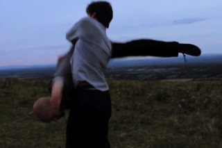 """Esben And The Witch – """"Despair"""" Video"""
