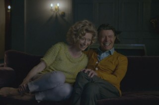 "David Bowie – ""The Stars (Are Out Tonight)"" Video (NSFW)"