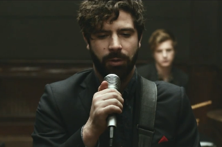 """Foals – """"Late Night"""" Video (NSFW)"""