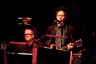 Watch Beck, Jarvis Cocker, Franz Ferdinand Perform At London <em>Song Reader</em> Event