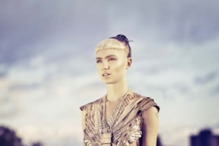 Grimes To Co-Host VMA Red Carpet For MTV Style