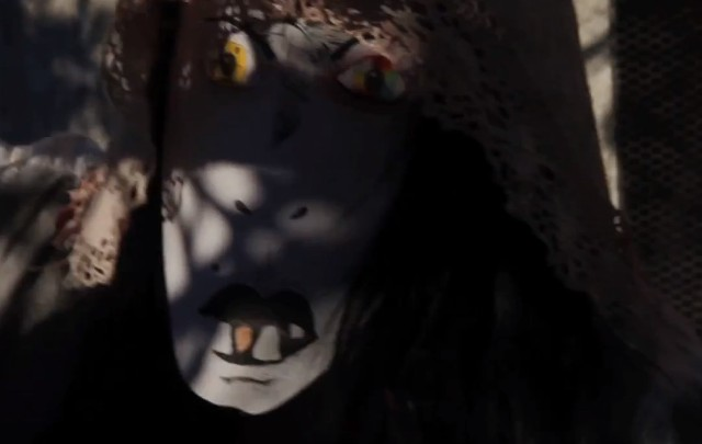 "CocoRosie - ""Gravediggress"" video"