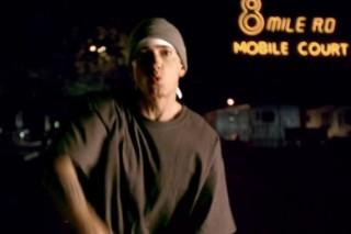 "Eminem – ""The Monster"" (Feat. Rihanna) Video"