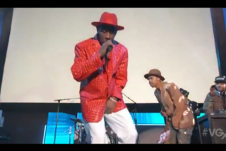 "Watch Tyler, The Creator & Earl Sweatshirt Perform ""Garbage"" At The 2013 VGX Awards"