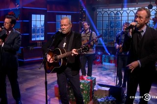 Watch The National Play &#8220;Silver Bells&#8221; On <em>Colbert</em>