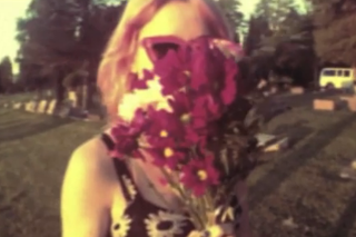 """Bleached – """"Guy Like You"""" Video"""