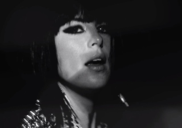 "Phantogram - ""Fall In Love"" video"