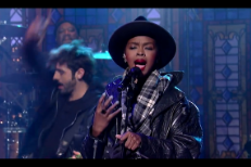 Watch Lauryn Hill Cover The Beatles On <em>Letterman</em>