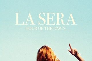 "La Sera – ""Losing To The Dark"""