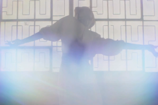 """Linda Perhacs – """"Prisms Of Glass"""" Video (Feat. Julia Holter And Nite Jewel)"""