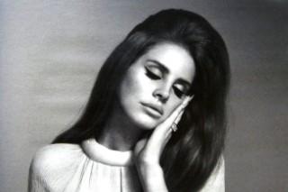 "Lana Del Rey – ""Meet Me In The Pale Moonlight"""